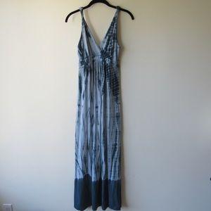 Romeo & Juliet tie dye blue maxi dress sz S